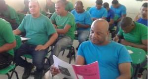 Cientos de privados de libertad del Nuevo Modelo Penitenciario Dominicano participan en las pruebas nacionales.